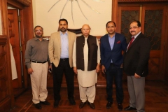 Governor-Punjab-with-MD-GRG-and-Director-Corporate-Affairs-GRG-and-Media-Persons-at-Governor-House