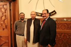 Governor-Punjab-with-MD-GRG-and-Director-Corporate-Affairs-GRG-at-Governor-House