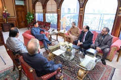 Chairman-GRG-and-Director-Corporate-Affairs-GRG-meeting-with-Prime-Minister-of-Pakistan-Mr-Imran-Khan-at-PM-Office